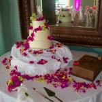 Budget cake package - Haute Cakes Austin