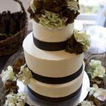 Classic Wedding Cake - Haute Cakes Austin